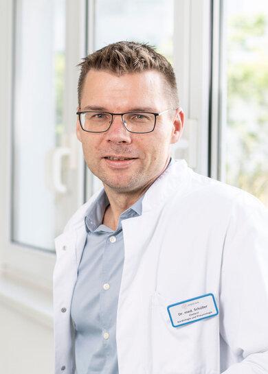 Dr. Per Otto Schüller