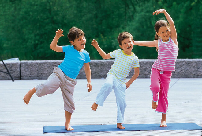 Yogaübung Der Zauberstab