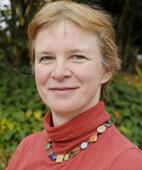 Dr. Christine Loytved ist Hebamme und Gesundheits- wissenschaftlerin an der Zürcher Hochschule für Angewandte Wissenschaften in Winterthur