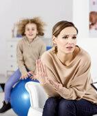 Gespräche mit den Eltern sind der erste Schritt zur Diagnose