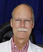 Professor Dr. Joachim Esser ist leitender Arzt der Sehschule der Universitätsaugenklinik in Essen