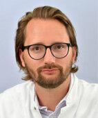 Dr. Stefan Verlohren ist Oberarzt an der Klinik für Geburtsmedizin der Charité Berlin und leitet dort die Arbeitsgruppe Präeklampsie