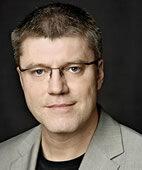 Prof. Dr. Ralf Tunn ist Gynäkologe am St.-Hedwig-Krankenhaus in Berlin und koordiniert dort das Deutsche Beckenbodenzentrum