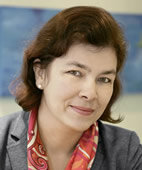 Dr. Barbara Arnold ist Fachärztin für HNO, Phoniatrie und Pädaudiologie in München sowie Vorsitzende des Landesverbandes Phoniatrie/Pädaudiologie Bayern