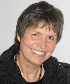 Prof. Dr. Erika Brinkmann lehrt an der Pädagogischen Hochschule Schwäbisch Gmünd und ist Mitglied im Vorstand des Grundschulverbandes