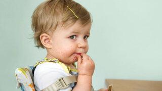 Kleines Kind mit Hautkrankheit