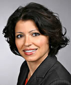 Dr. med. Roxana Schwab arbeitet als Oberärztin an der Klinik für Geburtshilfe und Frauengesundheit des Universitätsklinikums Mainz