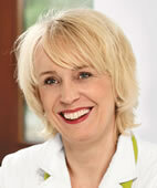 Dr. med. Angelika Dohr ist Fachärztin für Frauenheilkunde und Geburtshilfe/ Psychotherapie und in der pro familia Beratungsstelle Münster tätig