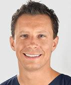 Dr. Florian Hoffmann ist Oberarzt auf der Kinderintensivstation am Dr. von Haunerschen Kinderspital in München