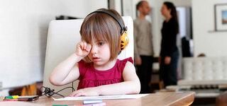 Kind leidet unter der Trennung der Eltern