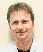 PD Dr. Harald Ehrhardt, Oberarzt der Neonatologie am Universitätsklinikum Gießen und Marburg