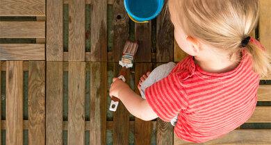 Langeweile? Lass`dein Kind einfach etwas anmalen – mit Wasser.