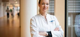 Dr. Stephanie Wallwiener