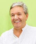 Dr. med. Joachim Neuwinger ist Gynäkologe und Reproduktionsmediziner in Nürnberg