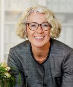 Dr. Petra Thorn ist Sozialarbeiterin und Familientherapeutin aus Mörfelden