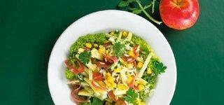 Kohlrabi-Reissalat mit Lachsschinken und Frühlingszwiebeln