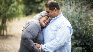 Coronavirus Übergewicht Fettleibig Dick Frau Mann Rücken