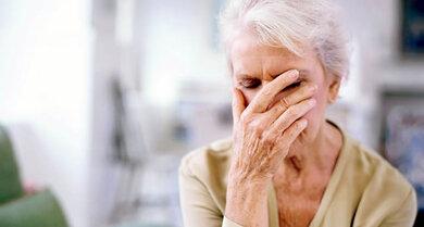 Bluthochdruck kann sich beispielsweise durch Schwindel und Konzentrationsstörungen bemerkbar machen