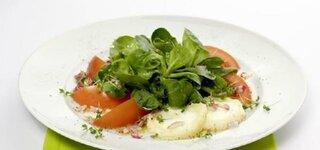 Feldsalat mit warmem Ziegenkäse