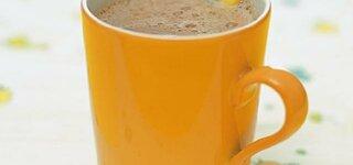 Becher Kakao zum Frühstück