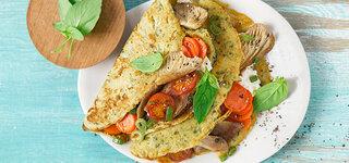 Basilikum-Crêpes mit Pilz-Gemüse