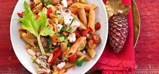 Gemüse-Pasta mit Feta
