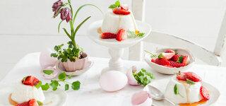 Joghurt-Gelee mit Erdbeeren