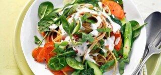 Gemüse-Pasta mit Frischkäse-Schaum