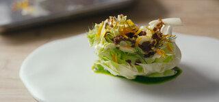 Salatherz mit Ajo Blanco