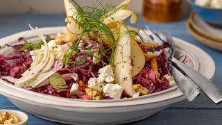 Fruchtiger Blaukraut-Salat mit Feta