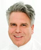 Unser Experte: Dr. Dirk Meyer-Rogge, Dermatologe aus Karlsruhe
