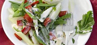 Gemüse-Trio mit Curry-Dip