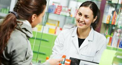 Die Pille danach gibt es (auch) rezeptfrei in der Apotheke