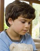 Fehlt eine sichere Bindung zu den Eltern, steigt das Risiko für Persönlichkeitsstörungen