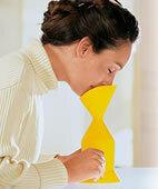 Am besten einen Inhalator mit Mund-Nasen-Aufsatz verwenden