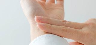 Puls am Handgelenk selber messen