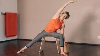 Sitzyoga - Silke Wagner, Übung 2  - Pose 5