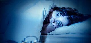 Schlaflos im Bett