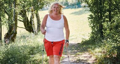 Jutta N. bringt seit einem Herzinfarkt mehr Bewegung in ihren Alltag. Fünf Kilogramm hat sie auf diese Weise bereits abgenommen