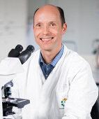 Dr. Frank Mosel, Institut für Medizinische Mikrobiologie am Universitätsklinikum Essen