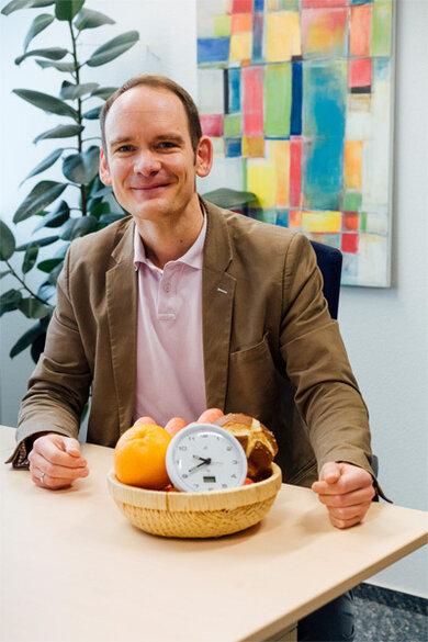 Ernährungsexperte Dr. Tilman Kühn: Essen nach der Uhr muss auch praktikabel sein