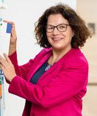 Professorien Jana Jünger bereitet Medizinstudenten darauf vor, Patienten ganzheitlich zu behandeln