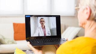 Corona Virus Fernbehandlung Arzt