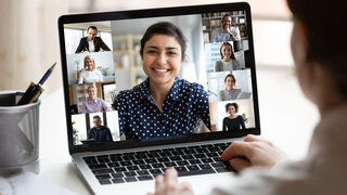 Coronavirus Selbsthilfegruppen Video Chat Vernetzung Hilfe Helfen Untereinander Gruppe Therapie Gespräch Positiv Unterstützen