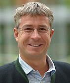 Privatdozent Dr. med. Günter Raab, Facharzt für Frauenheilkunde