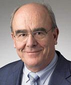 UNSER EXPERTE: Professor Dr. med. Wolfram Delius, Facharzt für Innere Medizin und Kardiologie