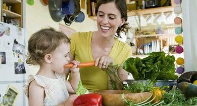 Damit ein Kind gut gedeiht, muss es auch die Nahrung gut aufnehmen können