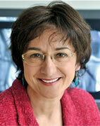 Unsere Expertin: Frau Professor Hach-Wunderle