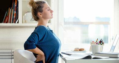 Bei akuten (nicht-spezifischen) Rückenschmerzen können Selbsthilfemaßnahmen kurzfristig erfolgreich sein