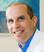 Unser Experte: Dr. Marc Schmalzing